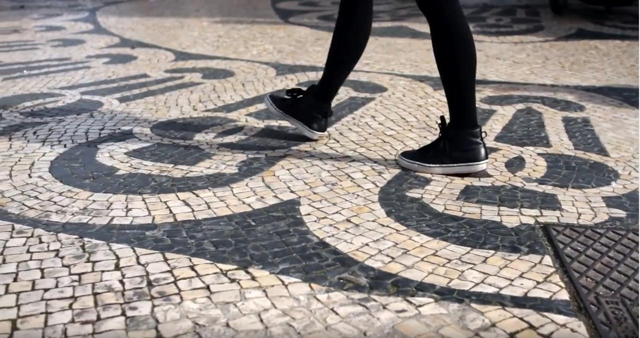 Camiel ft. Magda Mendes – Pela calçada